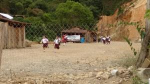 A la cabecera municipal de Iliatenco parece no haber llegado la reforma educativa del gobierno federal. (Fotografía: Jonathan Cuevas/API)