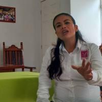 Mujer embarazada… en campaña