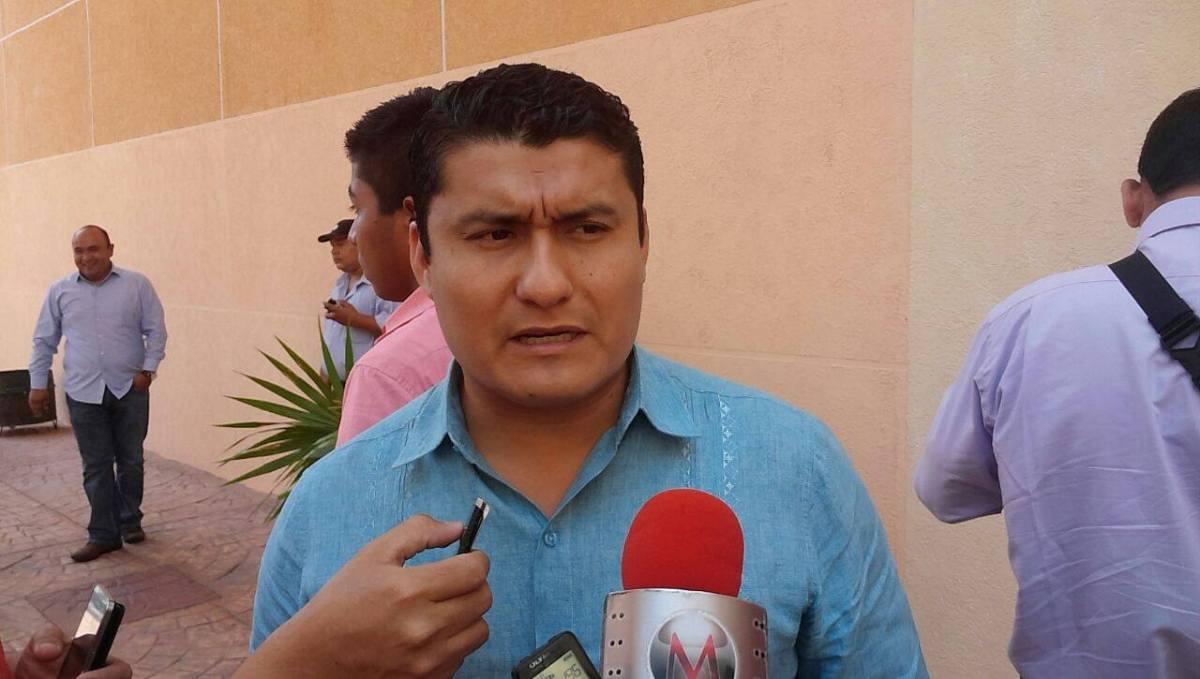 """No se permitirá ingreso de """"comunitarios"""" a Chilapa; ataja el Fiscal"""