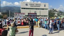 Fotos Bernardo Torres Protesta en Cereso (3)