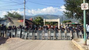 Fotos Bernardo Torres Protesta en Cereso (4)