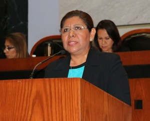 DiputadaMagdalenaCamacho1