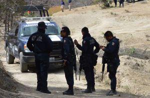 Policías Federales que agredieron a reporteros en Zumpango, y les impidieron realizar su trabajo.