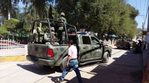 PF se fue; militares vigilan Cocula (4)