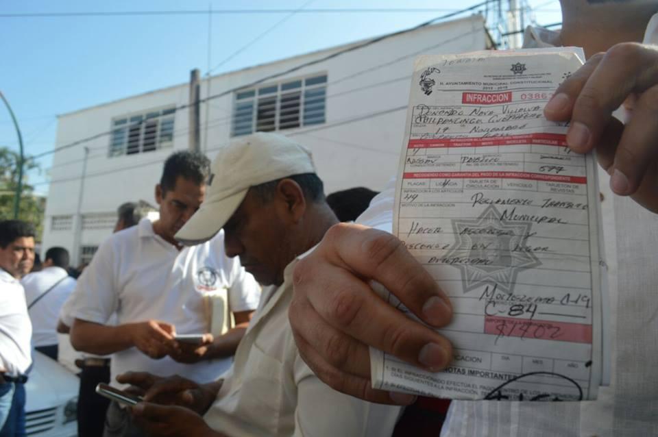 Hay cobros excesivos por infracciones de tránsito en Chilpancingo; se quejan los transportistas